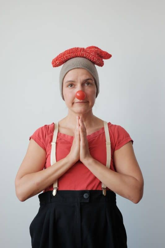 Clown Clownina in Andacht